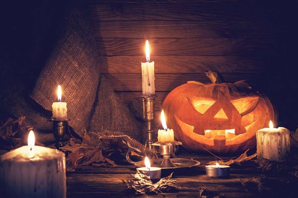 Halloween im Ruhrgebiet - Kerzen und Kürbisse